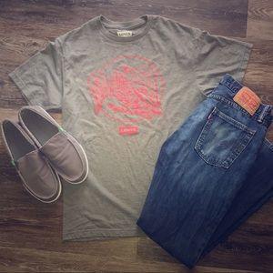 Levi's tee shirt men's szM